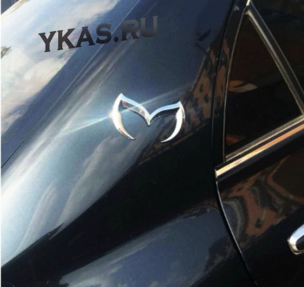 Наклейка 3D   Mazda ласточка (12x7,5см)  Хром